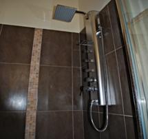 En suit shower